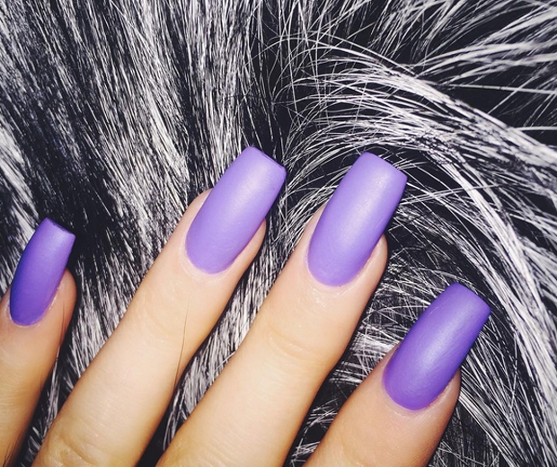 Kylie Jenner Sparks The Cult \'Coffin Nails\' Trend | Look