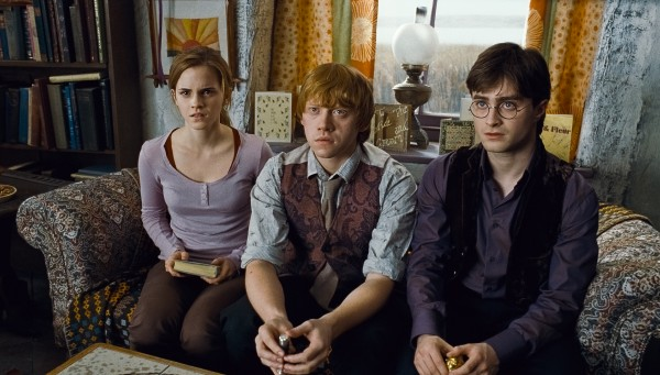 harry-potter-deathly-hallows-movie-image-38-600x341