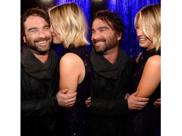 Kaley Cuoco and Johnny Galecki at the People's Choice Awards