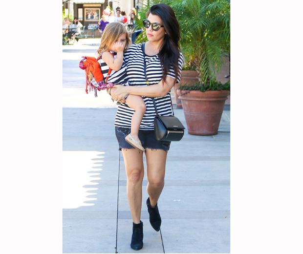 kourtney kardashian with her children