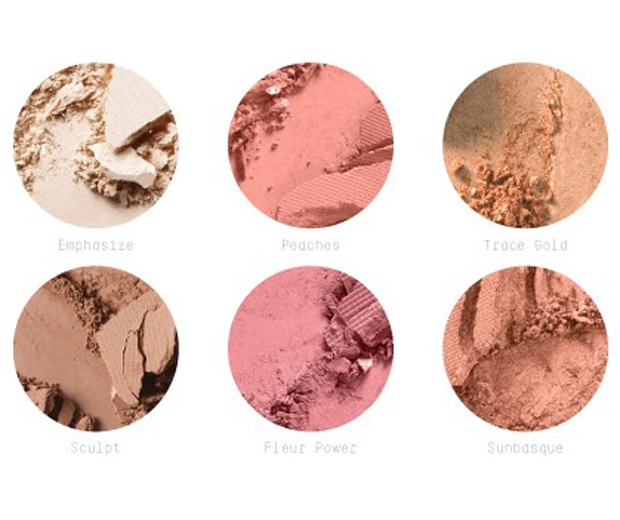 Inside MAC's fab new contouring palette...