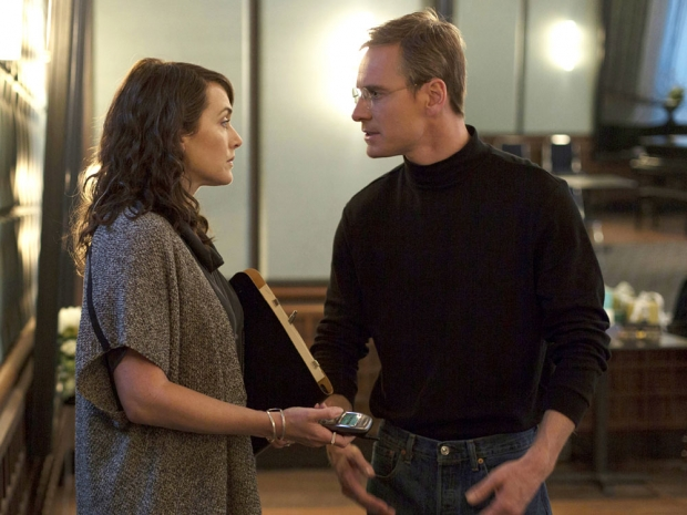Kate Winslet and Michael Fassbender in Steve Jobs