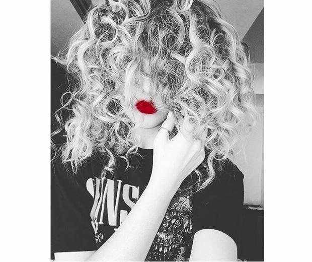 perrie edwards selfie curly hair