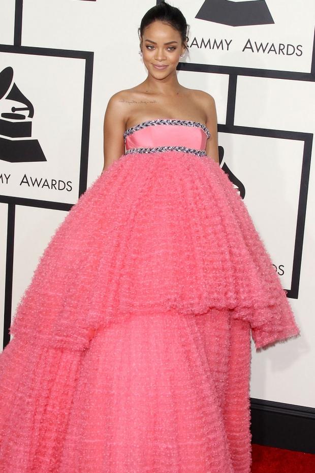 Grammy Moments: Rihanna