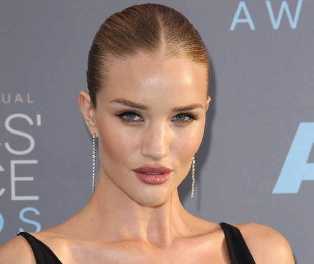Rosie Huntington-Whiteley critics choice awards