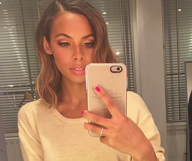 where has rochelle humes been hiding these abs look. Black Bedroom Furniture Sets. Home Design Ideas