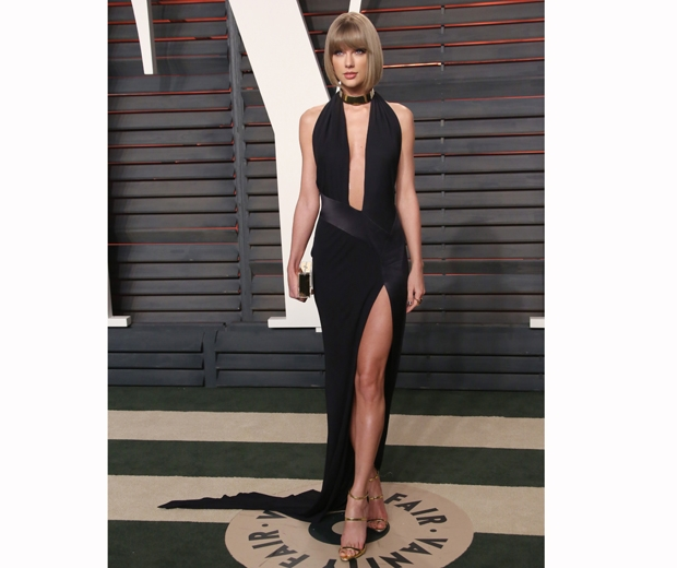 Taylor Swift stunned at the Vanity Fair Ocsars after-party...