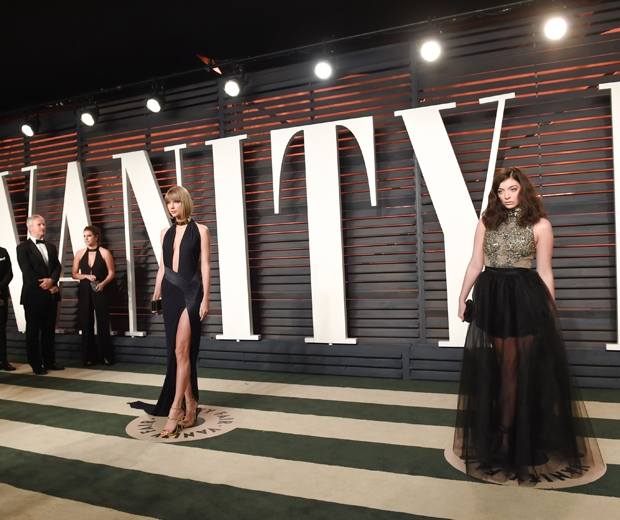 taylor swift and lorde at the vanity fair oscars party