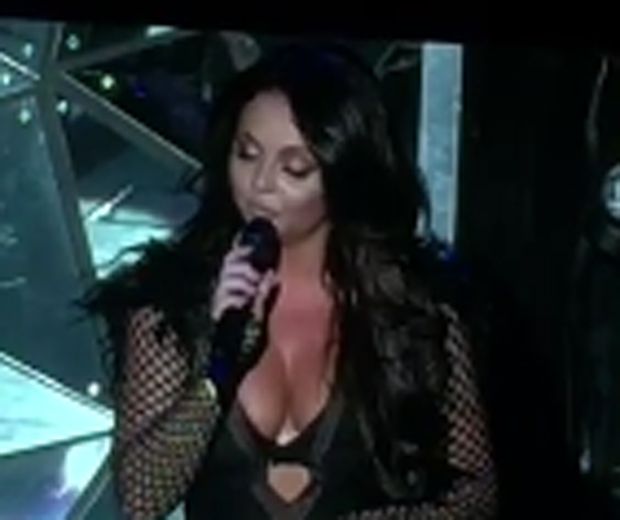 jesy nelson little mix crying on stage