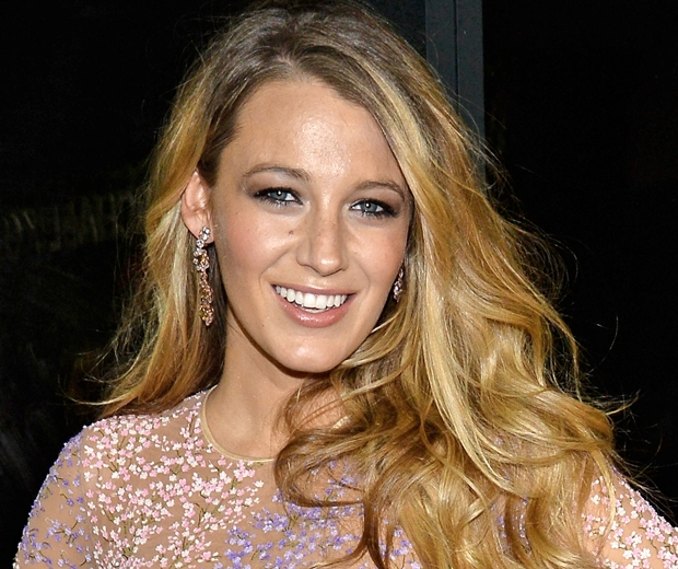 Blake Lively beachy hair