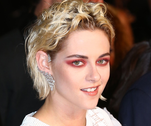 Kristen Stewart red eye makeup Cannes