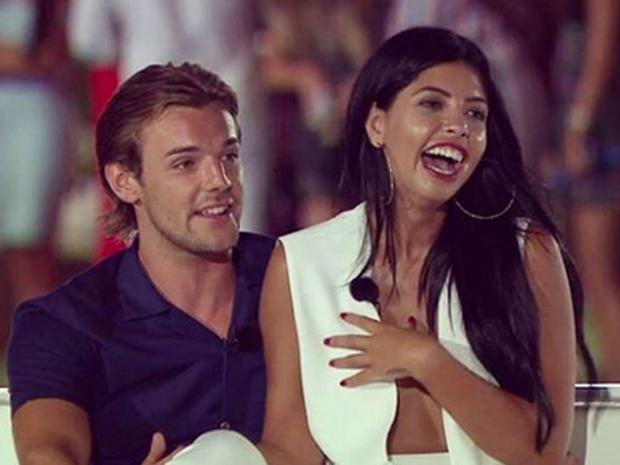 Cara and Nathan win Love Island 2016