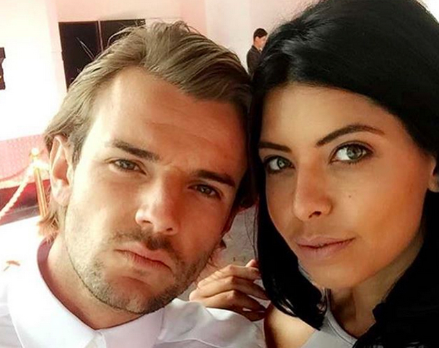 love and nathan Love island's cara de la hoyde and nathan massey have reportedly split.