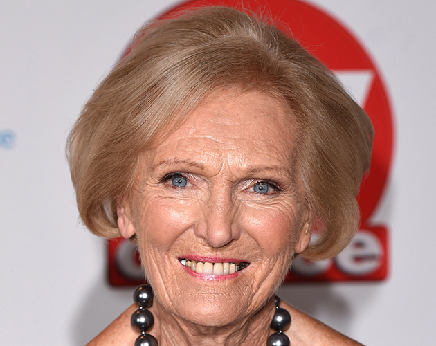 mary berry how tall