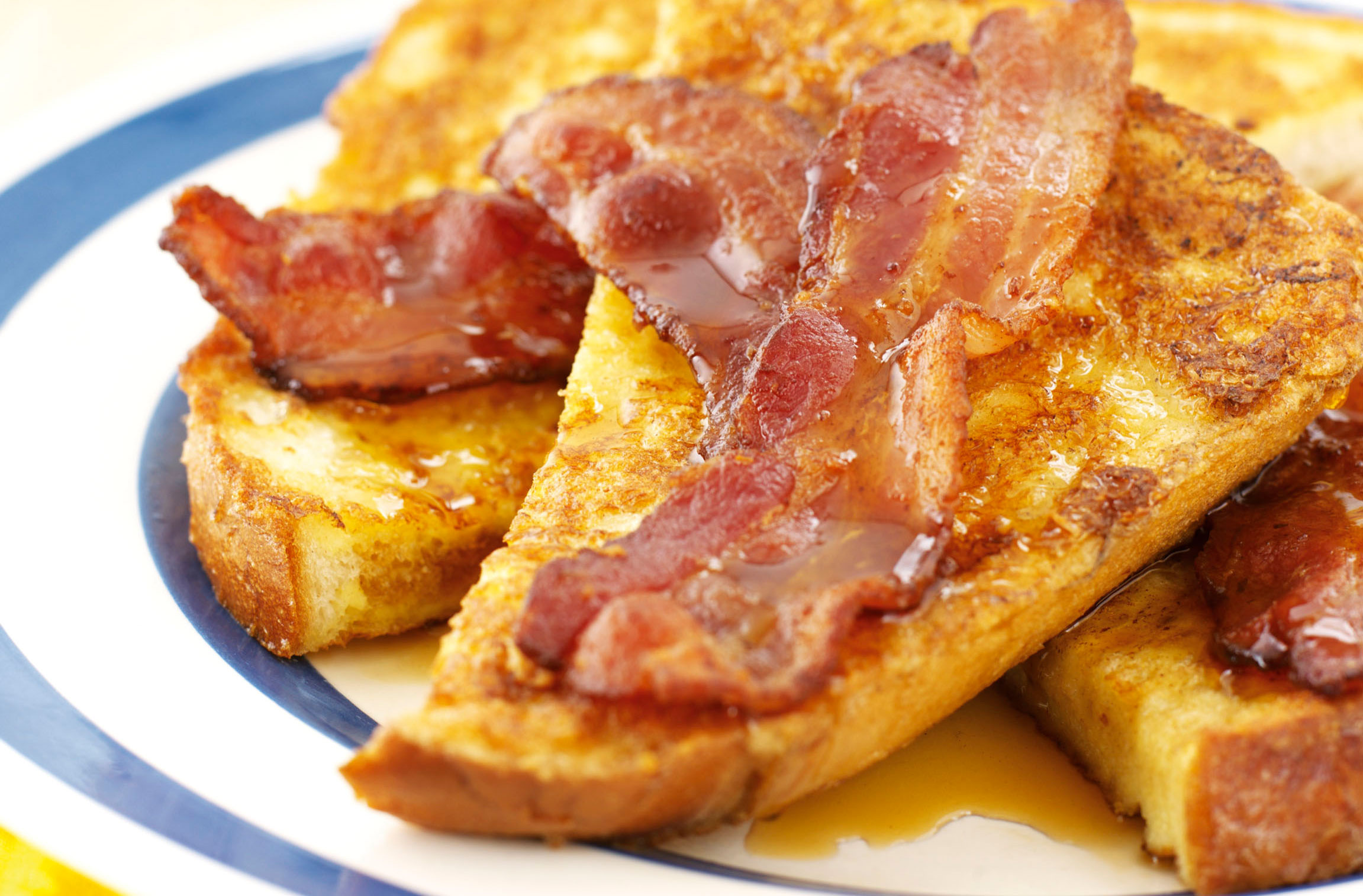 French Toast With Maple Syrup And Bacon | American Recipes | GoodtoKnow