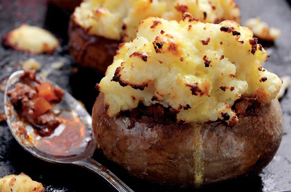 Antony Worrall Thompson S Cottage Pies In Baked Potatoes