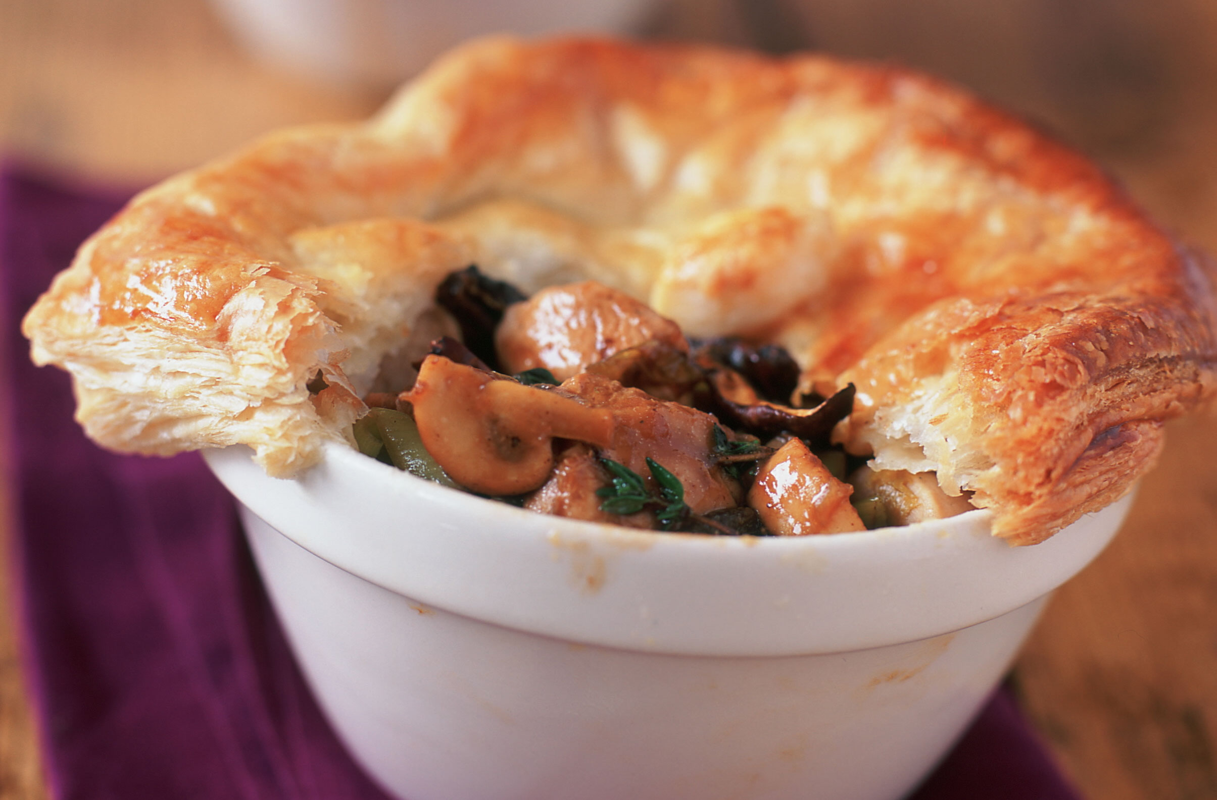 Weight Watchers Chicken And Mushroom Pie Dinner Recipes Goodtoknow