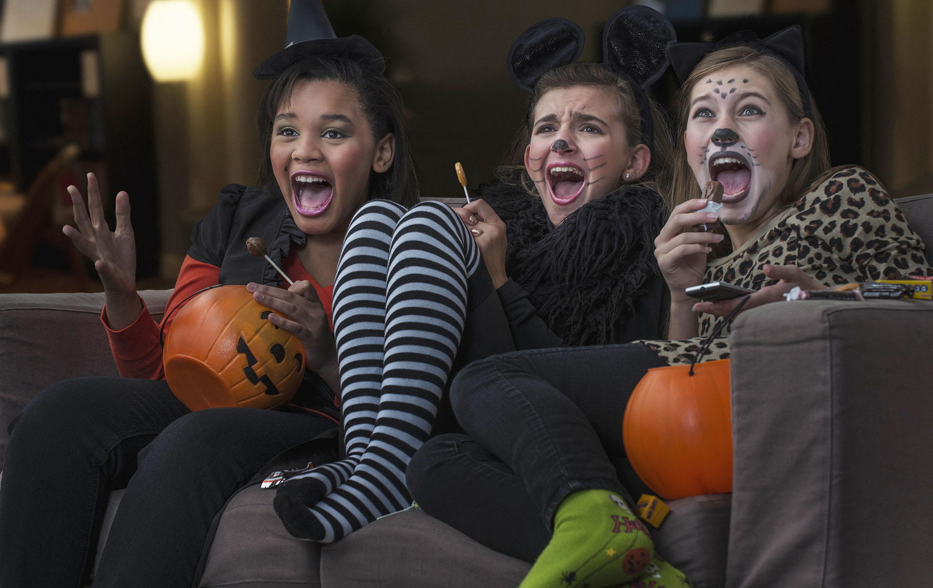 scariest-halloween-movies-for-teens-girl-birthday-sex