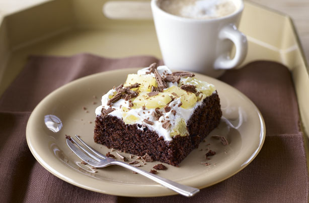 Low Calorie Cake Recipes Uk: Gino D'Acampo's Low-fat Chocolate And Pineapple Cake