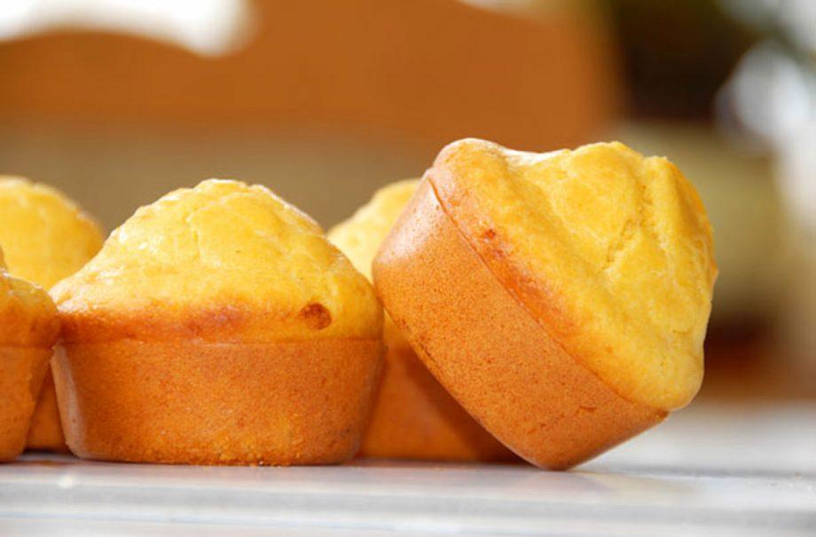 Znalezione obrazy dla zapytania: muffin with orange