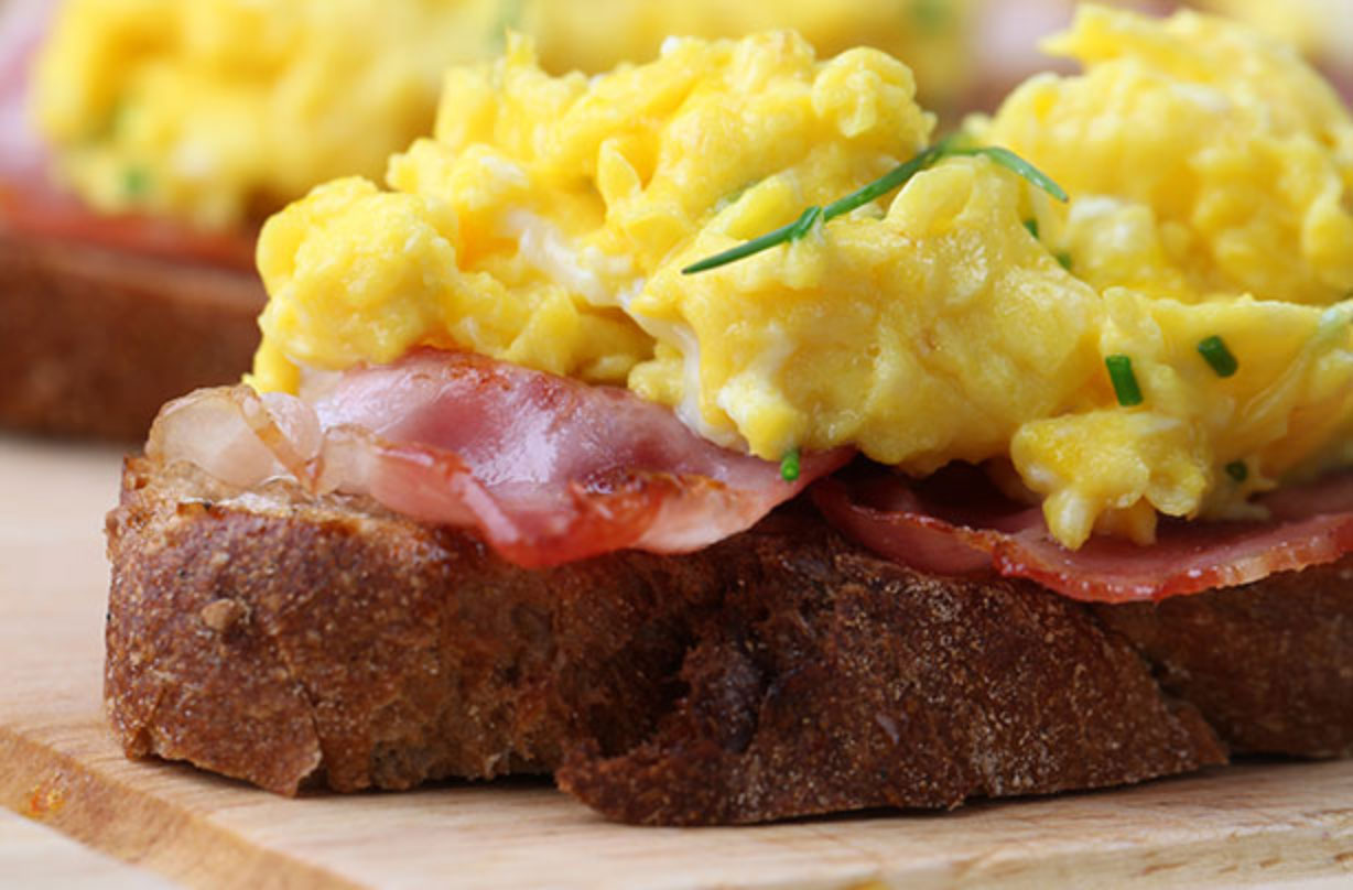 Cheesy Scrambled Eggs With Bacon | Breakfast Recipes | GoodtoKnow