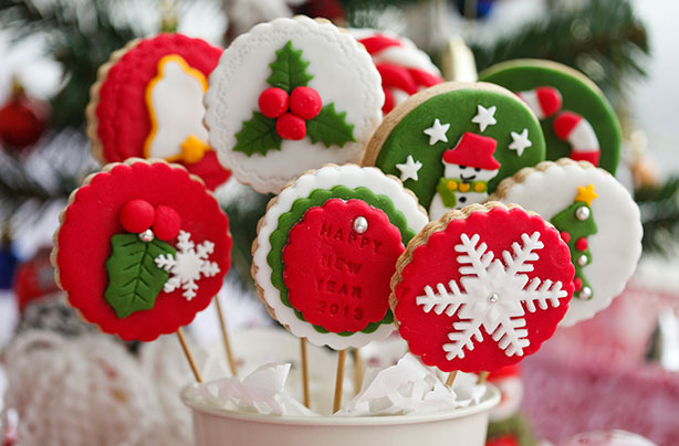 Christmas cookies on sticks recipe