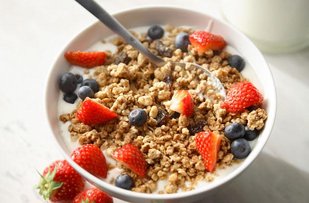 Crunchy Oat Granola Recipe Goodtoknow