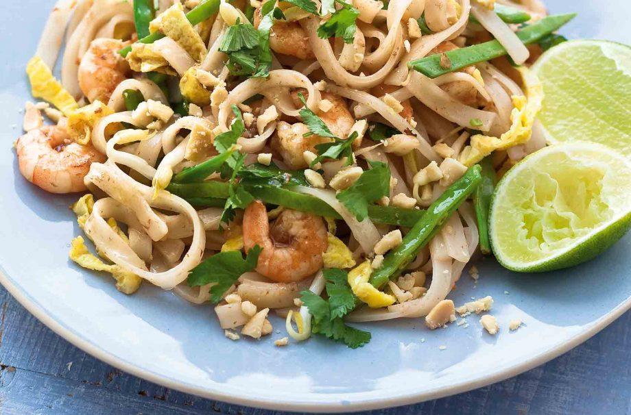 Prawn Pad Thai Thai Recipes Goodtoknow