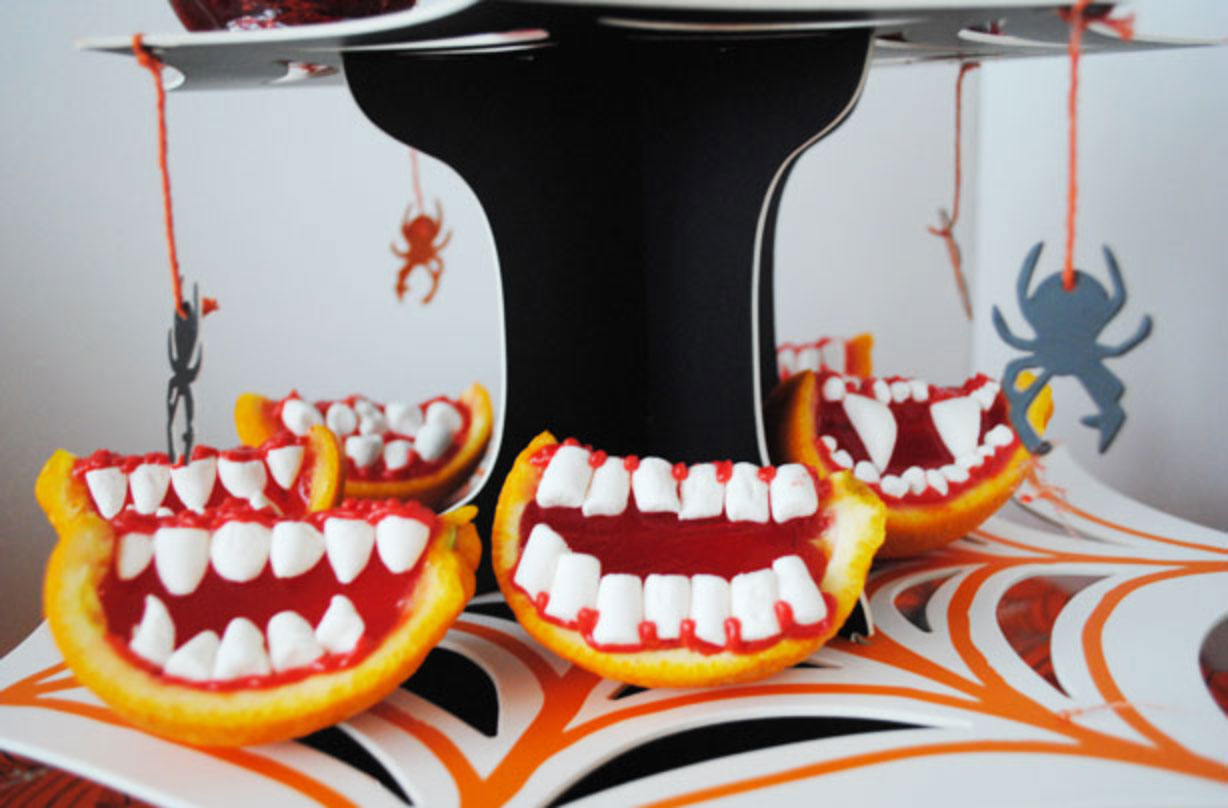 Get creative with these wickedly sweet vampire's bite jelly teeth