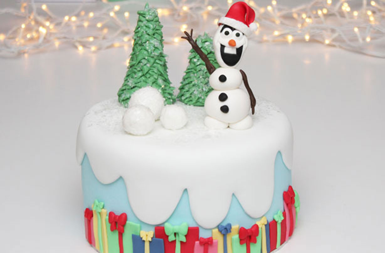 Frozen Inspired Christmas Cake