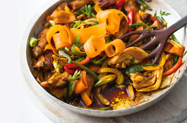 Chinese style chicken with vegetables and noodles recipe goodtoknow chinese style chicken with vegetables and noodles recipe forumfinder Images