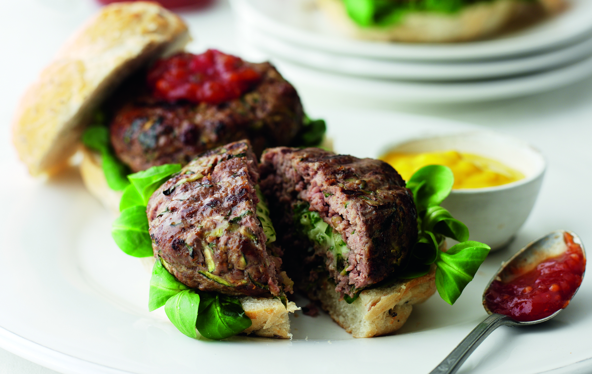 Adding lean red meat to family meal times, that's nutritious and delicious