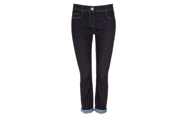 7c03b45ccb6fa Click here for the best jeans to disguise big hips or thighs
