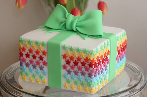 Learn How To Make Your Own Birthday Present Cake With Our Simple Step By Recipe This Edible Gift Would The Perfect Treat For Boy Or