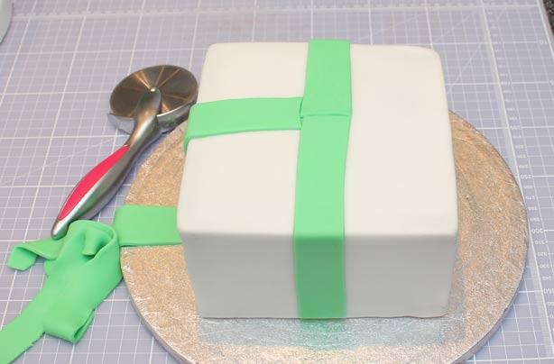 Fabulous Birthday Present Cake Funny Birthday Cards Online Chimdamsfinfo