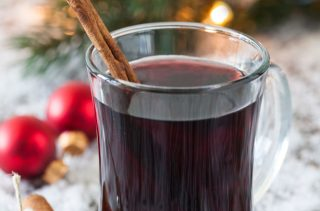 Red Wine Punch | 29 Christmas Punch Recipes You Can Serve This Holiday