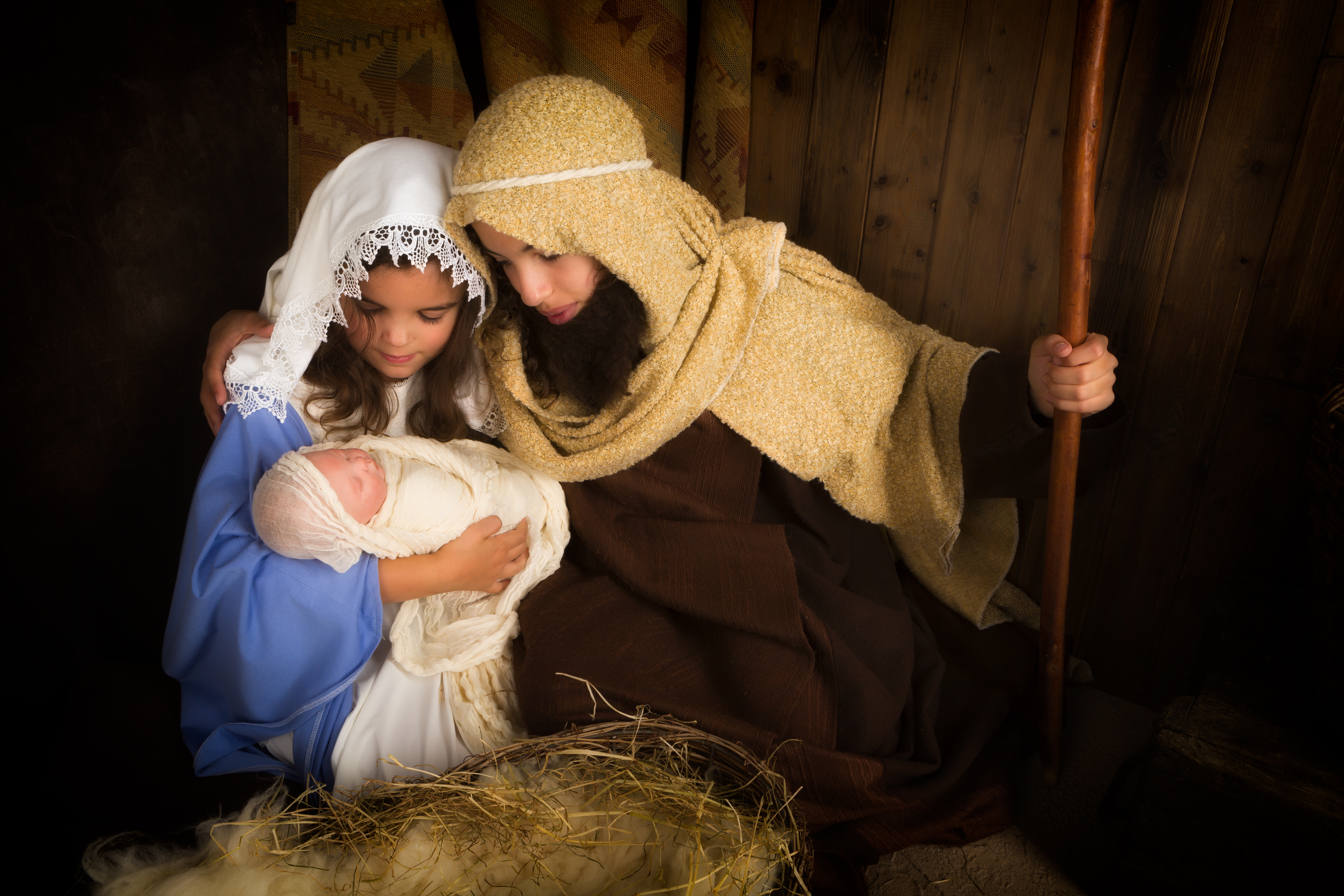 The 11 children you'll find in the Christmas nativity ...