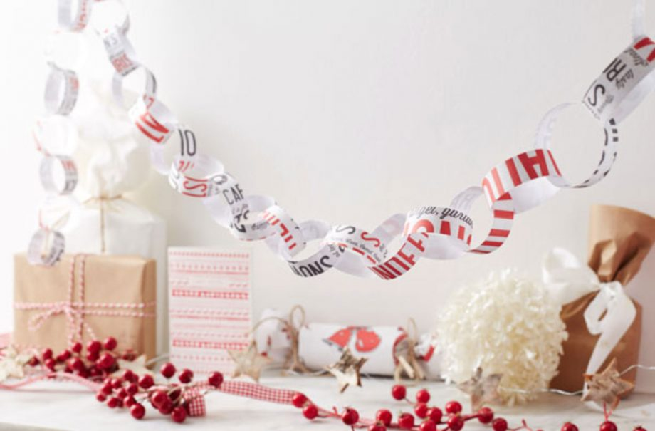 Christmas Paper Chains Uk.Make Your Own Christmas Paper Chains