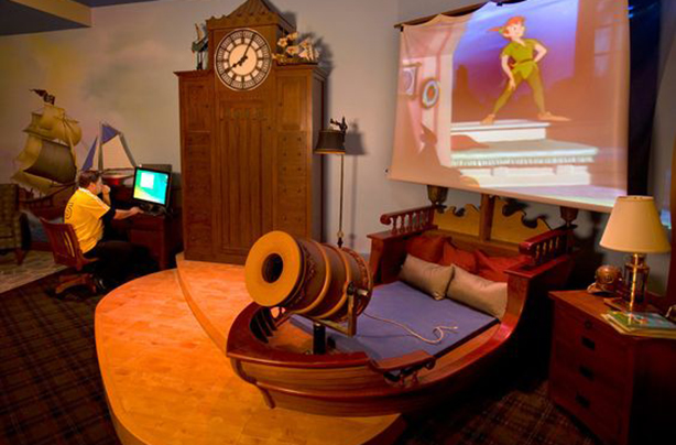 Superieur 1. This Magical Pirate Ship Sleeping Spot