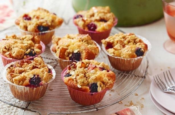 Apple crumb muffins recipe uk