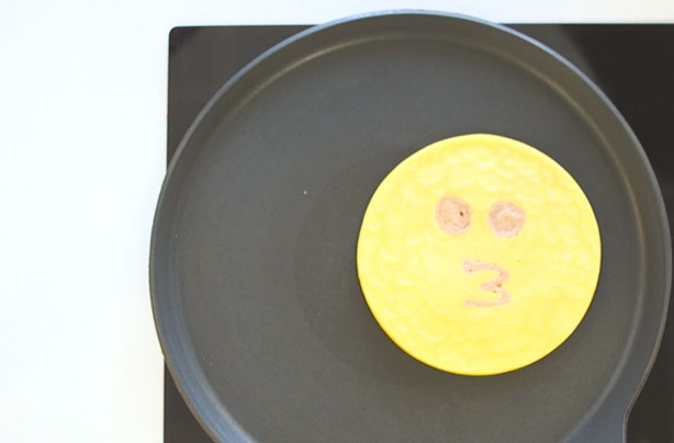 Emoji pancakes: 7 ideas you CAN make at home