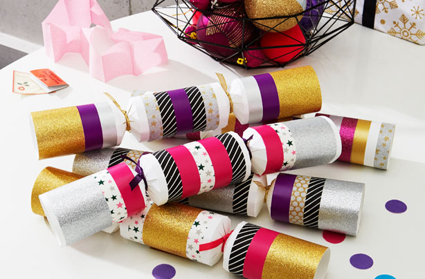 Make your own christmas crackers solutioingenieria Choice Image