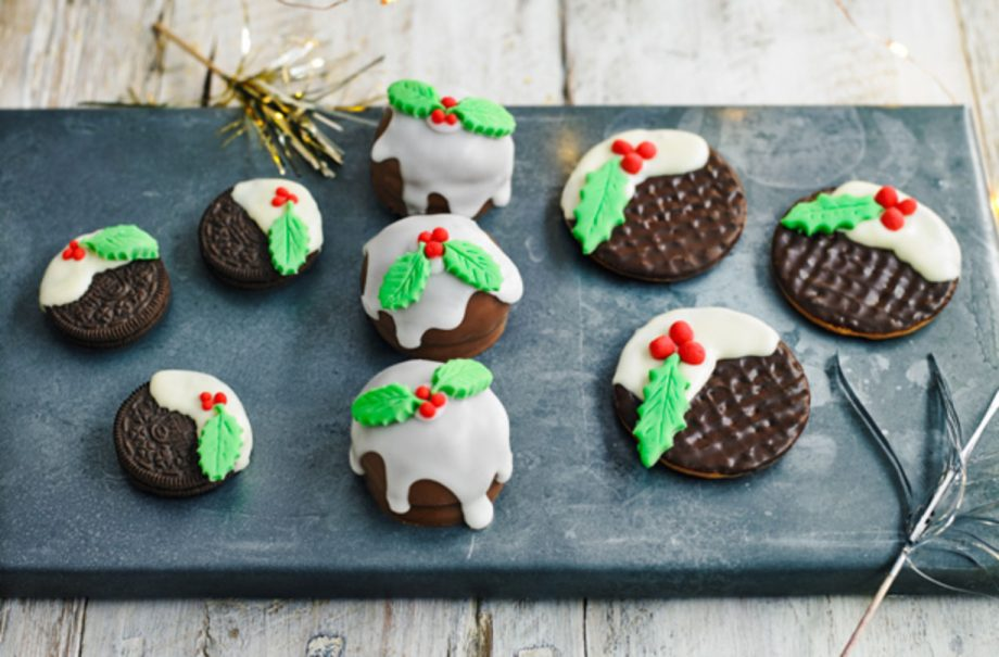 How To Turn Your Favourite Biscuits Into Christmas Puddings