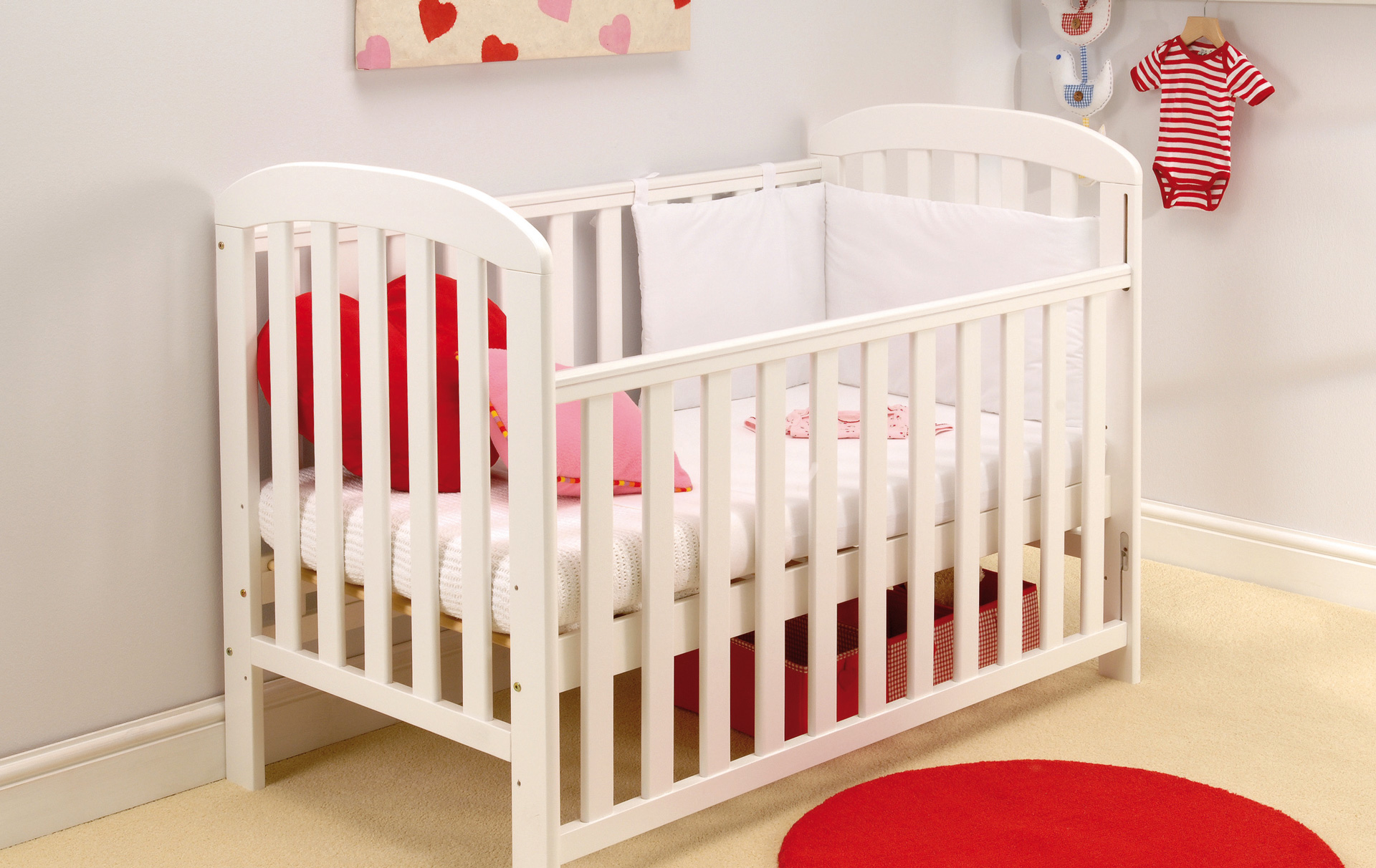 factory price 5bc86 bd5fd Best cots: Where to buy a crib for your baby