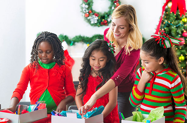 every year charity samaritans purse runs its campaign operation christmas child which sees schools and families all over the country fill a shoebox with