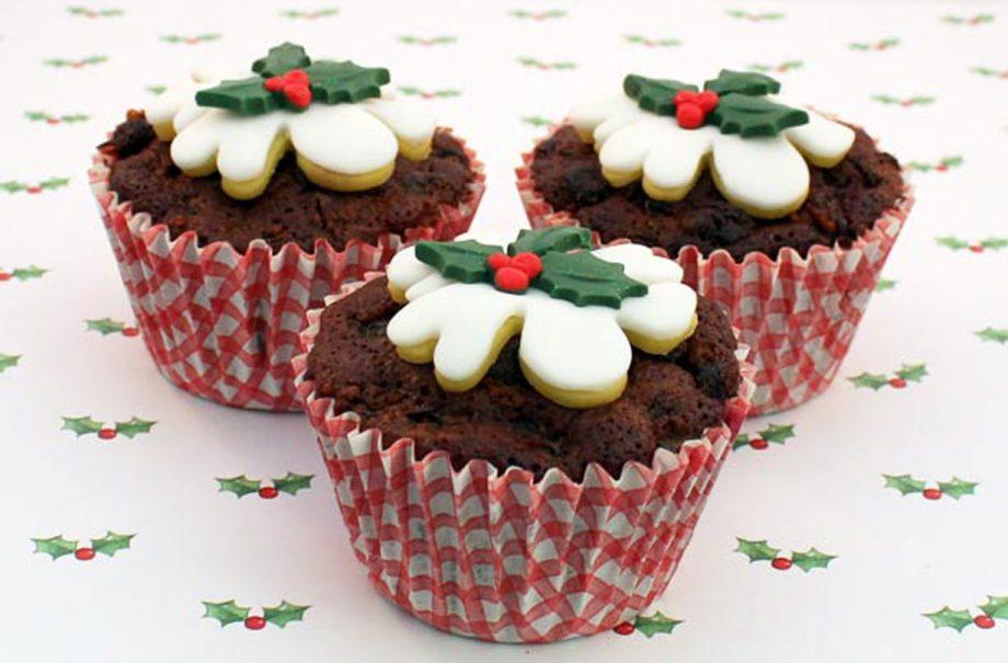 Christmas Pudding Cupcakes Snack Recipes Goodtoknow