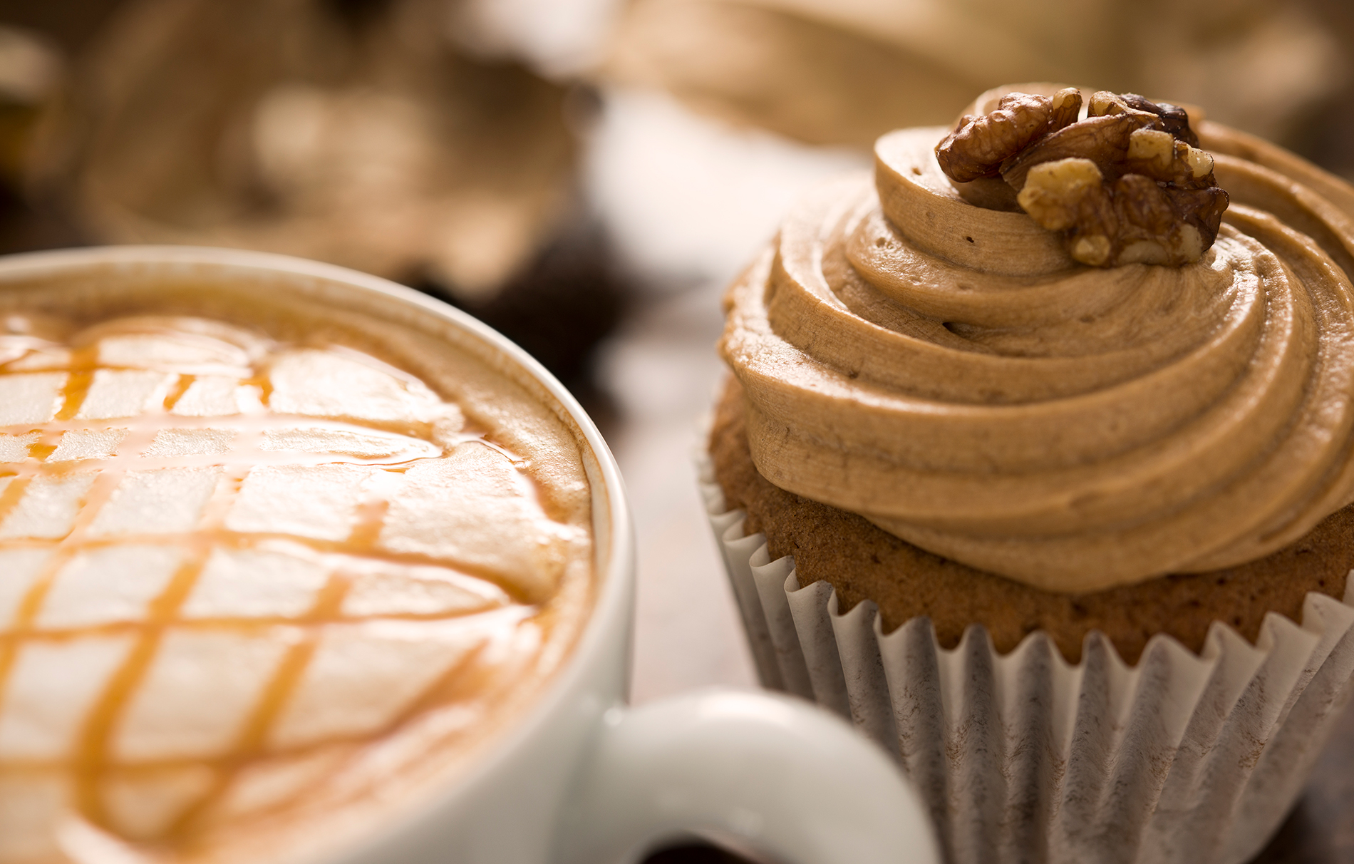 Coffee cup and muffin capcake