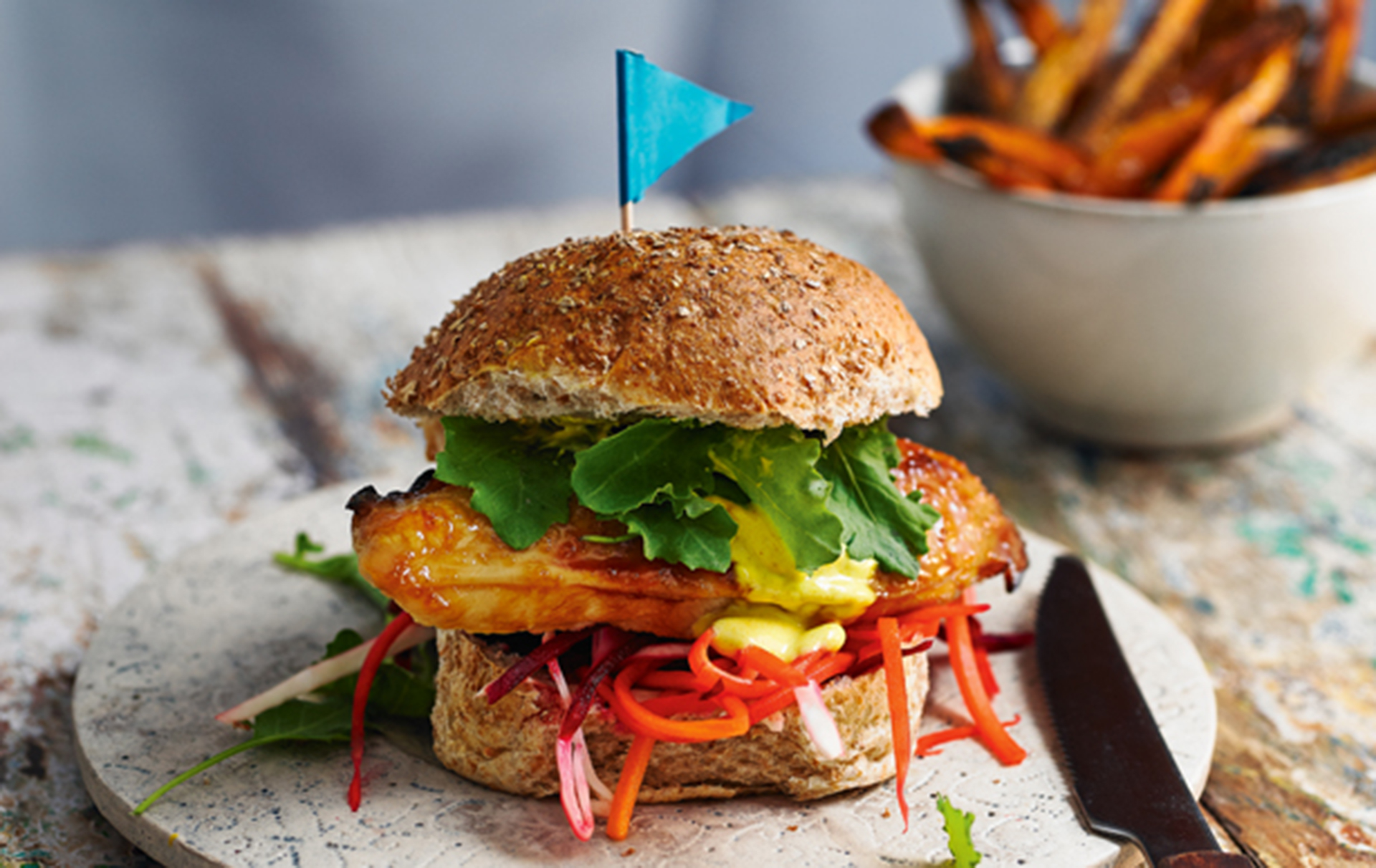 chicken breast recipes, Honey chicken burger with sweet potato chips