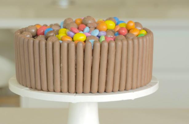 Chocolate Cake Recipe With Cadbury Fingers