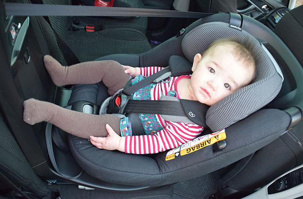 Swivel car seat reviews: Our parents put rotating car seats to the